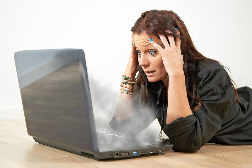 Bilgisayar belli bir süre sonra yeniden başlıyor veya kapanıyor